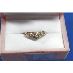 10 KT GOLD DIAMOND (0.26CTS) RING