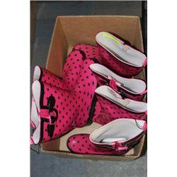 BOX W 3 PRS GIRLS SIZE 9&10 RAIN BOOTS