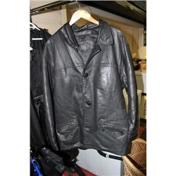 SIZE LARGE LEATHER RANCH MENS COAT