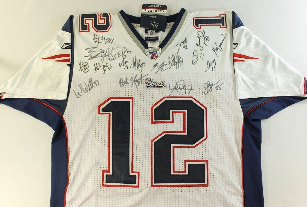 2008 Patriots Jersey Team Signed by (19) with Junior Seau, Wes  for cheap