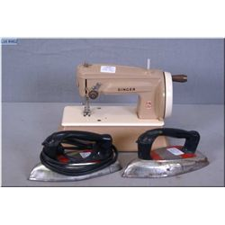 """Vintage cast metal Singer """"Sew Handy"""" model 40K child's sewing machine, made in Great Britain and tw"""