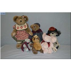 Selection of collectibles plush toys including Boyds, bears, pig etc.