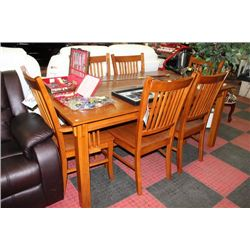 NEW SOLID WOOD KITCHEN TABLE W 2 ARMCHAIRS AND