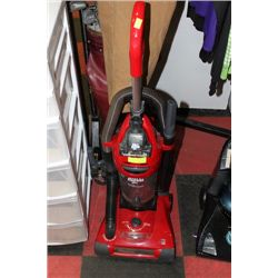 DIRT DEVIL UPRIGHT VACUUM