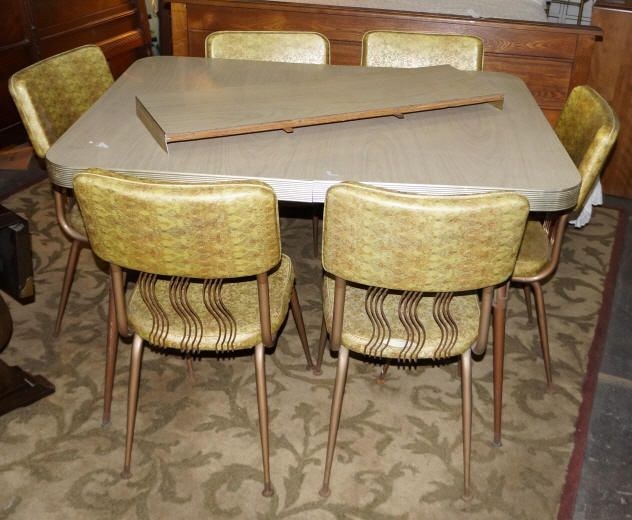 Image 1 : Vintage Formica Table U0026 4 Chairs Around 1960u0027s Gold Tone Vinyl  Chairs ...