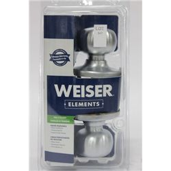 WEISER HALL AND CLOSET HANDLE SET