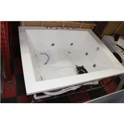 NEW DELUXE 2 PERSON JET TUB