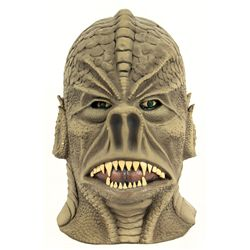 IT THE TERROR FROM BEYOND SPACE Mask by Laura and David Lady