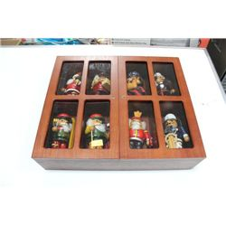 DISPLAY BOX W 8 NUTCRACKER ORNAMENTS