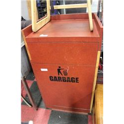 COMMERCIAL RESTAURANT TRASH RECEPTACLES