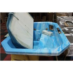 BLUE LIFESTYLE 2-3 PERSON HOT TUB