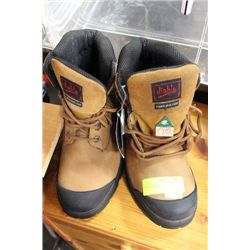 PAIR OF OIL RESISTANT SHOES