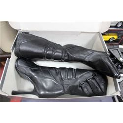 SIZE 8-8.5 LADIES LEATHER BOOTS