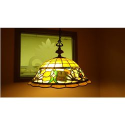 1 STAINED GLASS HANGING LAMP (3 BULB)