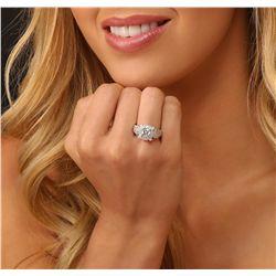 18KT White Gold 1.85ctw Diamond  Ring