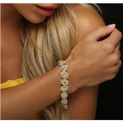 18KT Yellow Gold 24.59ctw Diamond Bracelet