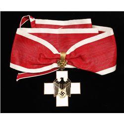 German WWII 1st Social Welfare Neck Order.