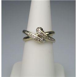 Dazzling Diamond Ring with Innovative Interlocking
