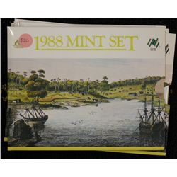 1988 Mint Sets (5)