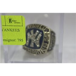 DEREK JETER NEW YORK YANKEES WORLD SERIES REPLICA RING
