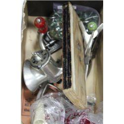 BOX OF VINTAGE MEAT GRINDER AND MARBLES