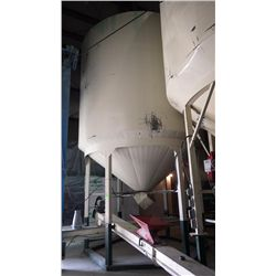 Seed bin 4 Wheatland 412 on extended legs