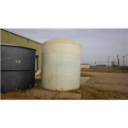 Tank T3 poly 2500 gallon tank - used