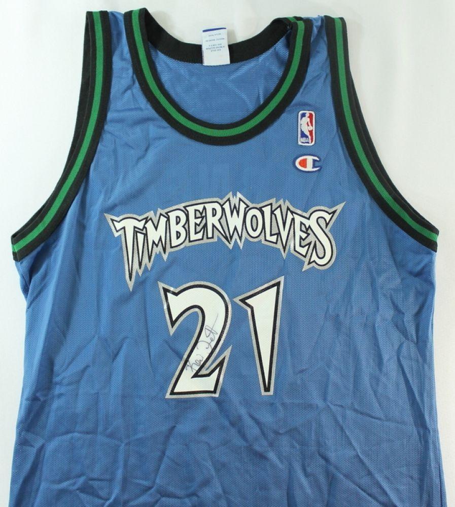 san francisco 94ab1 25645 Kevin Garnett Signed Timberwolves Jersey (JSA COA)