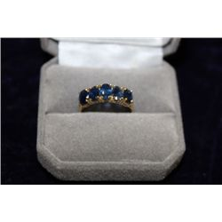 10 KT GOLD SAPPHIRE (3.0CT) RING