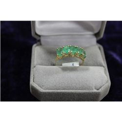 10 KT GOLD EMERALD (2.50CT) RING