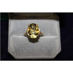 14 KT GOLD QUARTZ RING