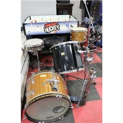 EVANS DRUM SET (NOT COMPLETE) SELLING AS IS