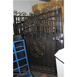 NEW 3 PC IRON ACREAGE GATE SET