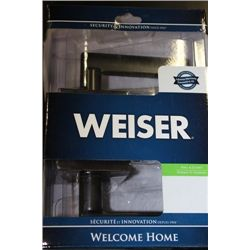 WEISER DESIGNER HALL AND CLOSET HANDLE SET