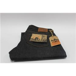 PAIR OF SYNC MENS JEANS SIZE 32