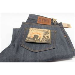 PAIR OF SYNC MENS JEANS SIZE 30