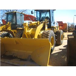 CAT 938G WHEEL LOADER, S/N 6WS01069, HYDRAULIC ANGLE BUCKET, ECAB, 20.5R25 TIRES, METER READING 859