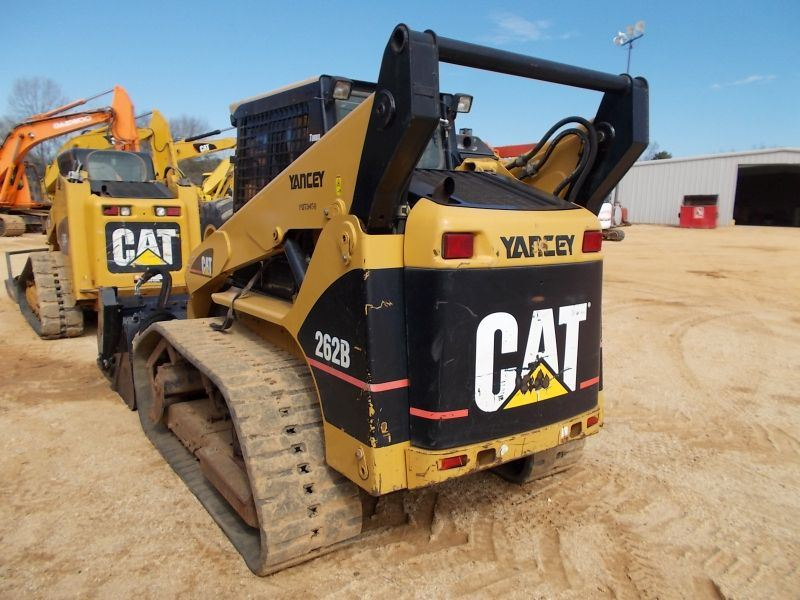 CAT 262B SKID STEER LOADER, S/N PDT03458, TRACK TYPE, CAT LR18B RAKE  ATTACH, S/N DA500634, ECAB W/AI