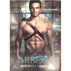 """Arrow large heavyweight 11x17 poster signed by star Stephen Amel adding """"Arrow"""" as well"""