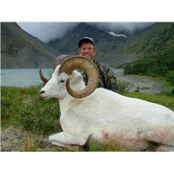 10-Day Fully Guided Fannin Sheep Hunt with Moon Lake Outfitters