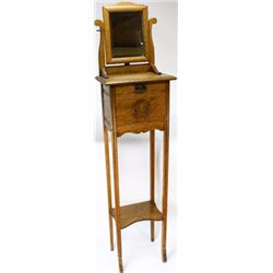 Oak floor shaving stand C. 1900-1910