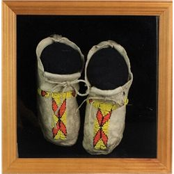 Early Plains child size moccasins