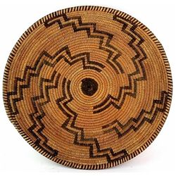 Fine Western Apache basket tray C. 1910-1920
