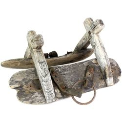 Early wood pack saddle ideal for antique