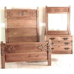 Antique oak bed and matching dresser