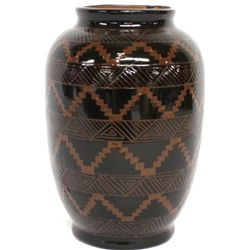 Signed Navajo pottery vase with incised
