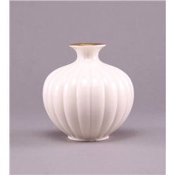 Lenox vase. (Size: See last photo for measurement.)