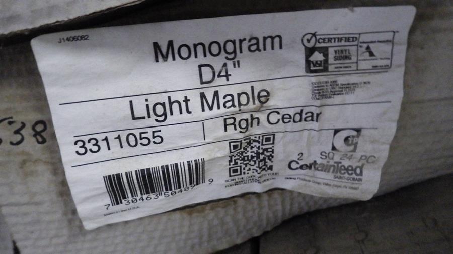 4 BOXES, 800 SQ FT MONOGRAM DOUBLE 4