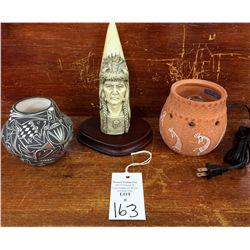 Acoma Pot, Carved Horn & Kokopelli Light Lot