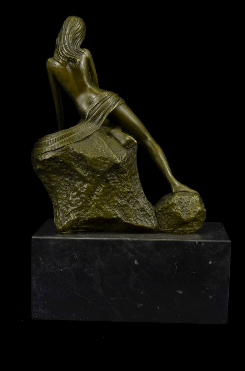 Max Turner Signed Bronze Nude Female Sculpture On Marble